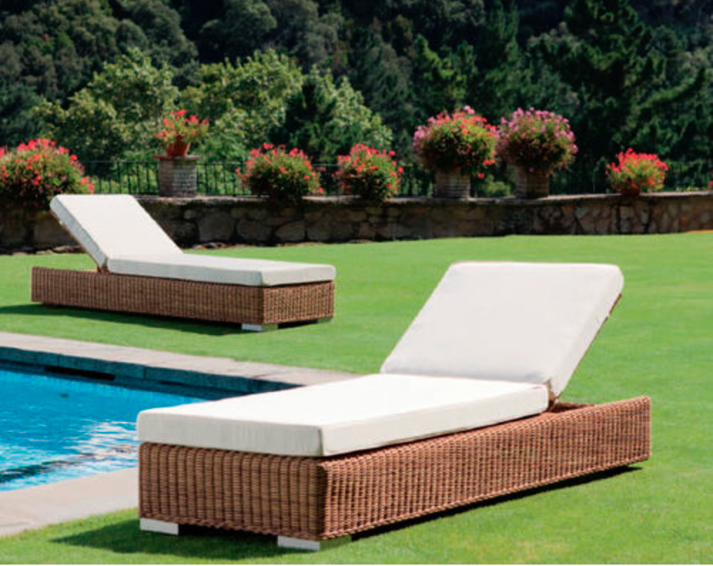 Bain de soleil piscine fashion designs for Chaise longue jardin